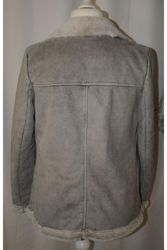 Jacke, hellgrau, Kunstfell innen, Kunstleder außen, Biker-Stil