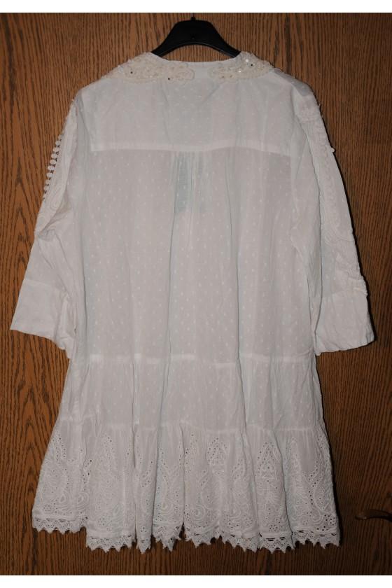 Tunika, weiß, uni, Knopfleiste vorne, vorne reichlich bestickt, One Size